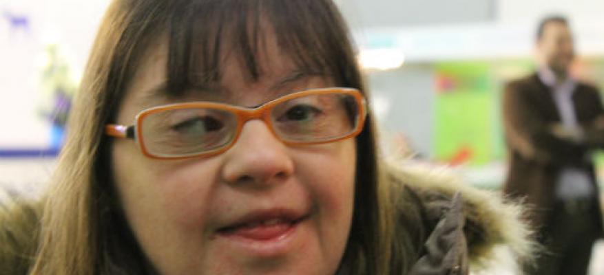 Η Φλώρα μας μιλάει για το εθελοντικό έργο